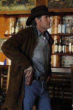 Men Fashion - Robert Taylor as Sheriff Walt Longmire Leather Coat For Sale. Longmire Series, Walt Longmire, Robert Taylor Longmire, Detective, Craig Johnson, A Writer's Life, Tv Westerns, Watch Tv Shows, Mystery Novels