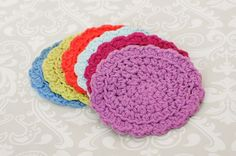 This quick and easy crochet coaster set is the perfect summer project … small, lightweight, and super portable. Just stash it in your bag and your all set for the beach, car trips, or wherever your summer plans take you. Easy Summer Crochet Coaster Set Here is what you will need: worsted weight cotton in …