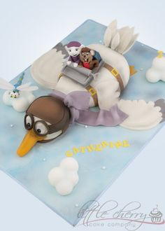 EDITOR'S CHOICE (9/30/2013) The Rescuers Cake by Little Cherry Cake Company (T-Cakes) View details here: http://cakesdecor.com/cakes/87803