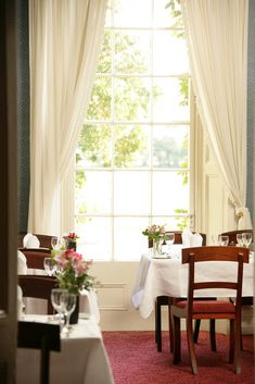 Ballymaloe House, in Cork, is a family-run romantic country house hotel famous for its outstanding hospitality and superb food. Country House Hotels, Blue Books, Sit Back, Cool Rooms, A Boutique, Places Ive Been, Ireland, Beautiful Places, Restaurant