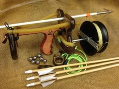slingbows...never thought I'd be a bow fisher...but maybe I'd give this a try. Neat idea.