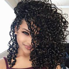 Observe. Learn. Grow. & Love : Sayria_J : Sayriaajade@gmail.com My Curly Hair Routine ⤵️