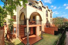 1 Bedroom Apartment in Epsom Downs, ZZ Epsom Terrace, 1 Vrede Avenue, Spacious floor unit in popular complex close to freeway & amenities. Private Property, 1 Bedroom Apartment, Terrace, Studios, Mansions, House Styles, Home Decor, Balcony, Decoration Home