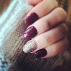 I'm not a fan of nails like these, but these are actually pretty damn gorgeous. I loove the color.
