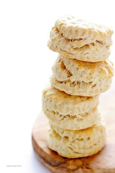 3-Ingredient Coconut Oil Biscuits | gimmesomeoven.com Real Food Recipes, Gluten Free Recipes, Healthy Recipes, Cooking Recipes, Bread Recipes, Easy Recipes, Foods With Gluten, Yummy Food, Vegetarian Recipes