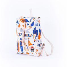 Mackósajttal és ivóvízkúttal ünnepli a túrázás hagyományát az YKRA új kollekciója | phenom'enon magazin Wild Things, Drawstring Backpack, Diaper Bag, Backpacks, Bags, Accessories, Collection, Handbags, Drawstring Backpack Tutorial