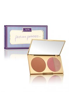 tres chic park ave princess™ contour palette from tarte cosmetics Makeup Is Life, Love Makeup, Makeup 101, Contour Kit, Contour Palette, Holiday 2014, Holiday Gift Guide, Chocolate Bar Palette, Cosmetic Shop