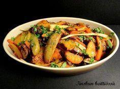 Uunijuurekset on loistava lisuke Vegetarian Recepies, Finnish Recipes, Mushroom Rice, Toddler Meals, Toddler Food, Rice Dishes, Kung Pao Chicken, Pot Roast, Vegetable Recipes