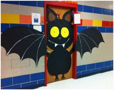 Cute and Fun Halloween Door Decorating Ideas 2017 - - Halloween is the one night of the year when kids are really allowed to come out and play. It is the night for long hours of trick-or-treating in the neighborhood as well as all kinds of spooky movi…. Halloween Classroom Door, Halloween Front Door Decorations, Halloween Front Doors, School Door Decorations, Halloween Door Hangers, Christmas Door Decorations, Spooky Halloween, Deco Porte Halloween, Halloween Class Party