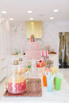 Photographer : Becky Kimball Read More on SMP: http://www.stylemepretty.com/living/2017/01/06/rainbow-inspired-birthday-party-complete-with-unicorns/