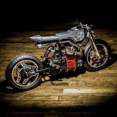 We just saw this on @bikeexif and had to share. It's no surprise @edturnermotorcycles was able to completely reinvent this Honda CX500 leaving nothing original other than the neck and engine. Check out more details on their page!
