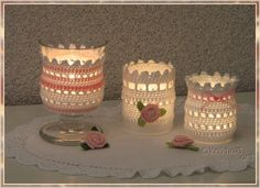 Romantisches Windlicht * Häkelanleitung Crochet Vase, Crochet Quilt, Crochet Gifts, Crochet Designs, Crochet Patterns, Knitting Patterns, Crochet Jar Covers, Baby Food Jar Crafts, Diy Lampe