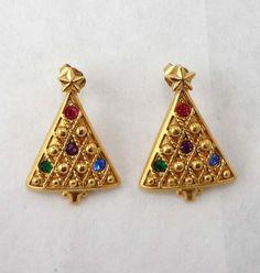 Vintage Avon Christmas Tree Earrings Rhinestones by Sisters3andMe $9.98