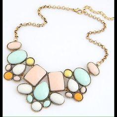 Statement necklace choker (vintage) VinatgeJewelry Statement Gem Choker Charm Statement Vintage Jewelry Necklaces