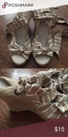 🎉LAST CHANCE 7/31 WILL BE DONATED lace up wedges So cute and never worn!! Old Navy Shoes Wedges