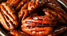 Street Food, Cuisine du Monde: Recette de noix de pécan épicées, grillées au miel, apéritif vegan, sans gluten