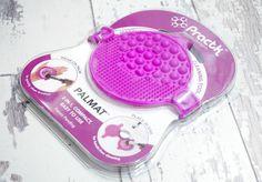 Practk Palmat 2-in-1 Brush Cleaning Tool #palmat #practk #beautychamber #beautychamberuk #missmakeupmagpie #brushlaundry #sigmabeauty #brushcleaning #makeupbrush #makeupbrushcleaning #beautytools #practkreview #palmatreview