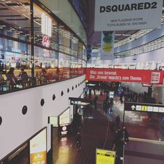 #wien #flughafen #airport #vienna #eurowings Times Square, Basketball Court, Tv, Sports, Travel, Hs Sports, Viajes, Television Set, Destinations