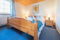 Ein altes Schlafzimmer wurde im nordischen Stil aufgewertet