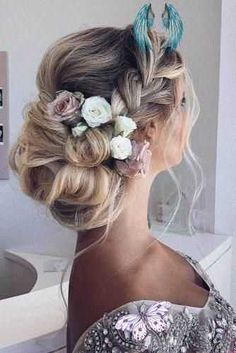 cricut wedding ideas  <br> Wedding Hairstyles For Medium Hair, Loose Hairstyles, Bride Hairstyles, Male Hairstyles, Graduation Hairstyles, Fashion Hairstyles, Casual Hairstyles, Funky Hairstyles, Elegant Hairstyles