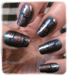 Nail Art by Belegwen: Hmph.