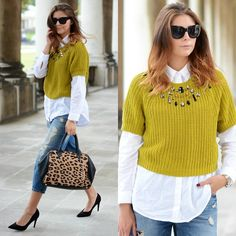 This is how you layer a cropped sweater!