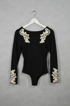 Body mit Stick-Applikationen online kaufen - Grösse M - Marke Motel   Vintage-Fashion Online Shop fürs Verkaufen und Kaufen