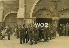 Begravenis maart 1945 met Bernard en Bestenbreurtjes.