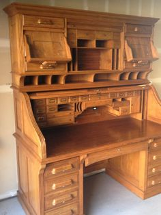 Simple and Modern Tricks: Woodworking Bed Craft Rooms woodworking toys website.Woodworking Shop Step By Step wood working cabinet floors.Woodworking Ideas Shed. Unique Woodworking, Woodworking Workbench, Easy Woodworking Projects, Woodworking Furniture, Furniture Plans, Diy Furniture, Woodworking Videos, Woodworking Machinery, Workbench Ideas