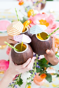 DIY Retro Summer Brunch or Soiree - Tropical Decorating Spring Break Party, Summer Parties, Summer Drinks, Tiki Party, Luau Party, Beach Party, Fiestas Party, Fruit Party, Party Drinks