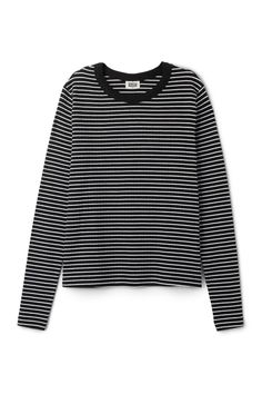 The Stripe Long Sleeve T-shirtis made ofcotton jersey and hasa thin striped patternanda finelyribbed finish. It has a regular fit, long sleeves and a simple round neck. - Size Small measures 98 cm in chest circumference and 61 cm in length. The sleeve length is 65 cm.