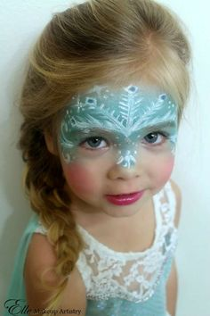 Girl face painting - Elsa from Frozen with snowflakes .- Mädchen Kinderschminken – Elsa aus Frozen mit Schneeflocken Motiv Girl face painting – Elsa from Frozen with snowflakes motif - Elsa Face Painting, Painting For Kids, Body Painting, Frozen Painting, Simple Face Painting, Princess Face Painting, Elsa Halloween, Looks Halloween, Halloween Kids Makeup