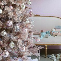 Shabby Christmas by Rachel Ashwell