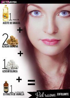 1 taza de aceite de girasol +  2 tazas de azúcar morena + 1 taza de azúcar blanca + 1 cucharada de extracto de vainilla = Exfoliante casero de azúcar morena y vainilla