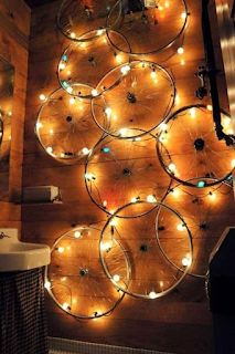 DIY living ideas that promote your creativity - crafts with fun- DIY Wohnideen, die Ihre Kreativität fördern – Basteln mit Spaß diy lamps and lights craft ideas wall lighting - Bicycle Art, Bicycle Rims, Bicycle Wheel, Bicycle Design, Bicycle Crafts, Bicycle Lights, Ways To Recycle, Repurpose, Light Crafts
