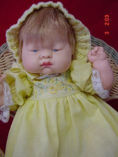 d662f062e7 VINTAGE 1960 S VOGUE 11IN BABY DEAR DOLL