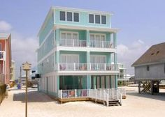 Gulf Shores, AL: Grab your suit, but forget your tie because it won't matter at Wits End! This duplex, located directly on the Gulf of Mexico on West Beach, promises t...