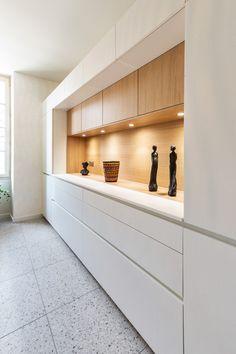 Bathroom Design Layout, Kitchen Room Design, Modern Kitchen Design, Kitchen Layout, Küchen Design, House Design, Wall Wardrobe Design, Modern Kitchen Interiors, Cabinet Design