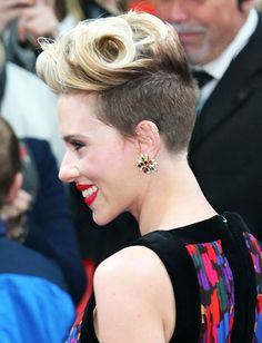 Scarlett Johansson is wearing Venus by Maria Tash. Find your look.