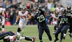 With pass-breakups, key INT, Seahawks' Earl Thomas delivers vintage performance