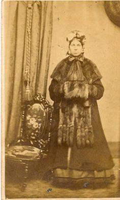 "Cabinet Photo by Winter Syracuse N Y 1865 Identified as ""Christina Behm"" | eBay"