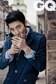 Choi SiWon 2016: dating, smoking, origin, tattoos & body - Taddlr