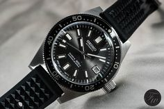 A hands-on review of the new Seiko SLA017 diver from the ProsPex collection and a comparison with the original Seiko 62MAS. Click to read.