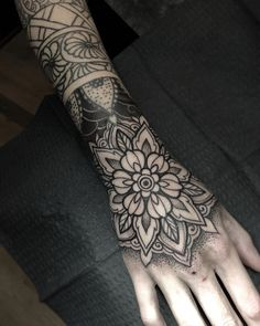 Your energy and enthusiasm as a client has been missed, it was awesome to have you at the shop and tattoo your hand✌🏻 Working into some existing cuff designs. Mandala Tattoo Design, Dotwork Tattoo Mandala, Mandala Hand Tattoos, Tattoo Designs, Full Hand Tattoo, Make Tattoo, Hand Tattoos For Women, Tattoos For Guys, Manga Tatoo