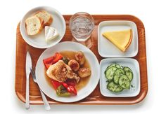 What's for Lunch in France? Kids in France are encouraged to eat slowly and enjoy their meal, which is prepared for them by trained chefs using local ingredients. A typical lunch begins with a choice of salad, followed by roast chicken or fish with vegetables, a cheese course, and, finally, a dessert of fresh fruit or, occasionally, a tart.
