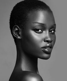 Black is Beautiful and natural hair rocks! Dark Skin Tone, Brown Skin, Dark Brown, Makeup Black, Black Skin Care, Dark Skin Beauty, Black Beauty, Hair Beauty, Beauty Full