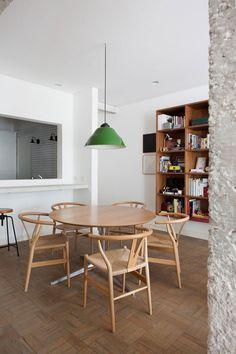 Mid-century style dining room