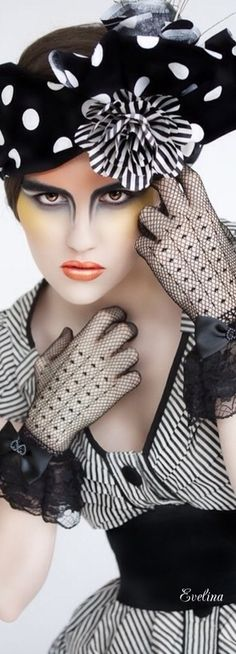 Black and White Black White Fashion, Black White Red, Classy And Fab, Dots Fashion, Fashion Hats, Love Hat, Derby Hats, Shades Of Black, Hats For Women