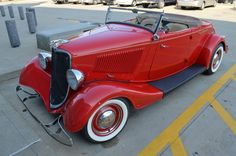 1933 #Ford Roadster at the Summit Racing Tallmadge location