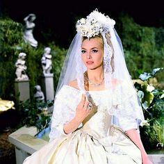 """Michèle Mercier - """"Angélique, Marquise des Anges"""" (1964)"""